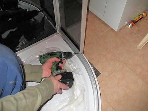 как правильно установить душевую кабину своими руками