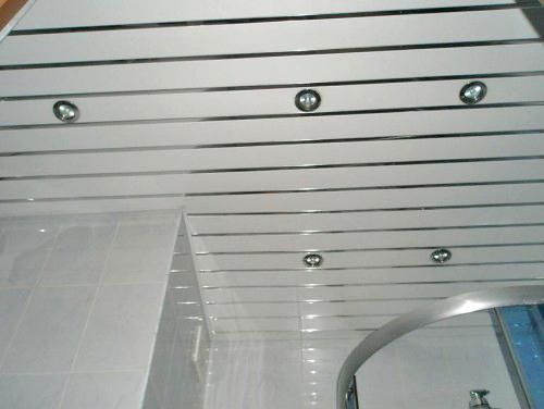 потолок реечный своими руками фото
