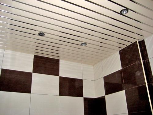 реечный подвесной потолок своими руками фото