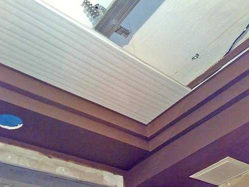 подвесные реечные потолки своими руками