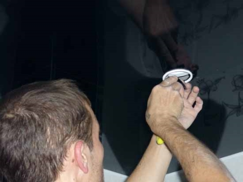 точечные светильники для натяжных потолков принципы монтажа