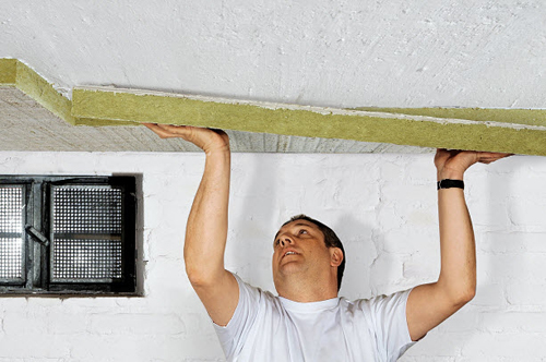 утепление потолка своими руками фото