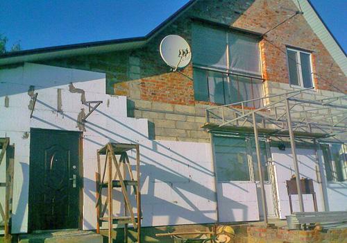 утепление стен дома пенопластом своими руками