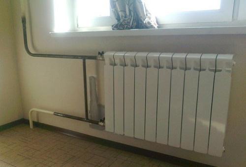 как заменить батареи отопления в квартире своими руками