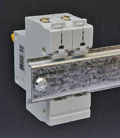 установка автоматических выключателей фото