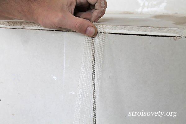 технология шпаклевки потолка фото