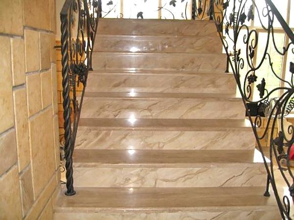 лестницы из камня для дома фото