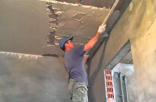 как правильно штукатурить потолок своими руками фото