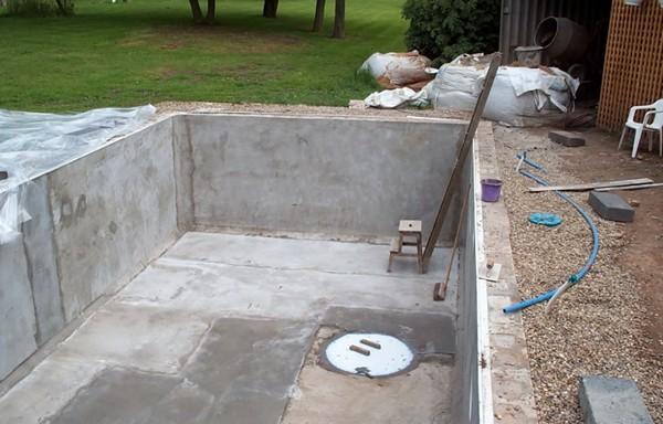 как изготовить чашу бассейна из бетона своими руками фото