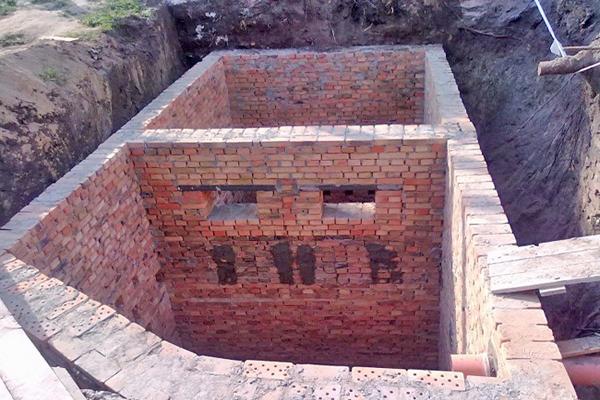 как построить выгребную яму в частном доме фото