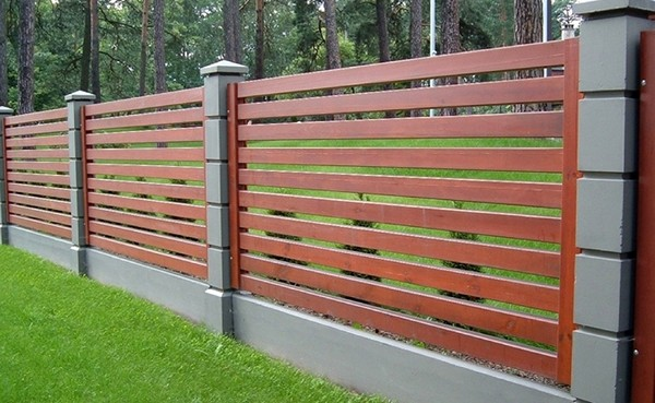 деревянный забор ранчо фото