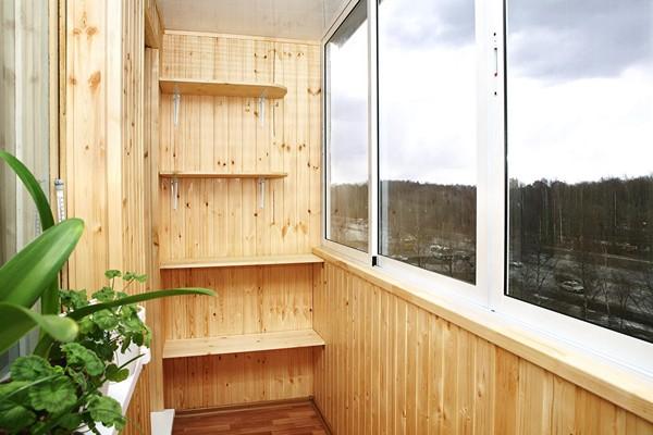 отделка внутри балкона вагонкой фото