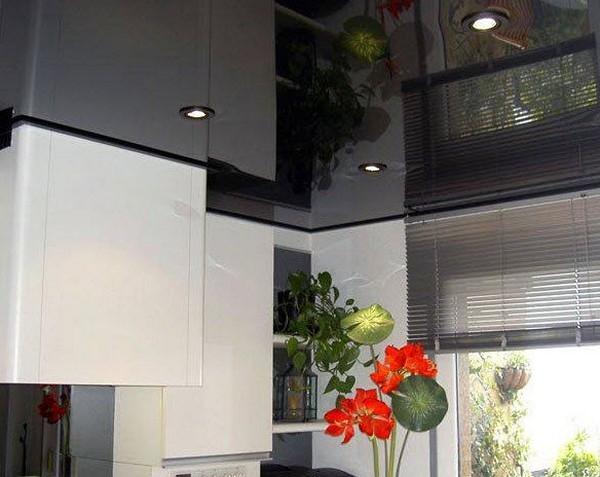 потолок на кухне натяжной фото