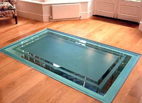 полы из стекла устройство