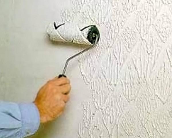 покраска стен своими руками фото