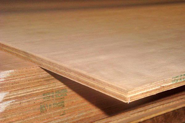 как выровнять деревянный пол фанерой фото