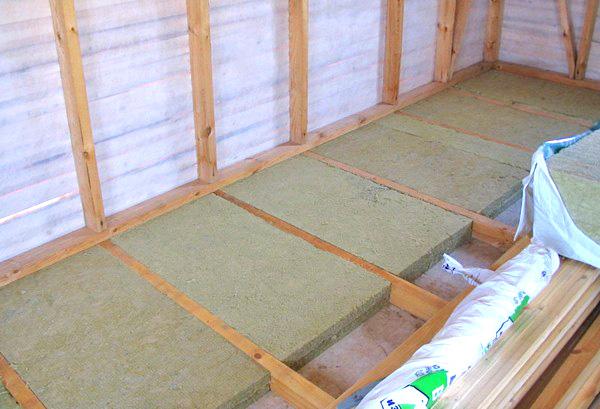 деревянный пол на лагах на лоджии фото