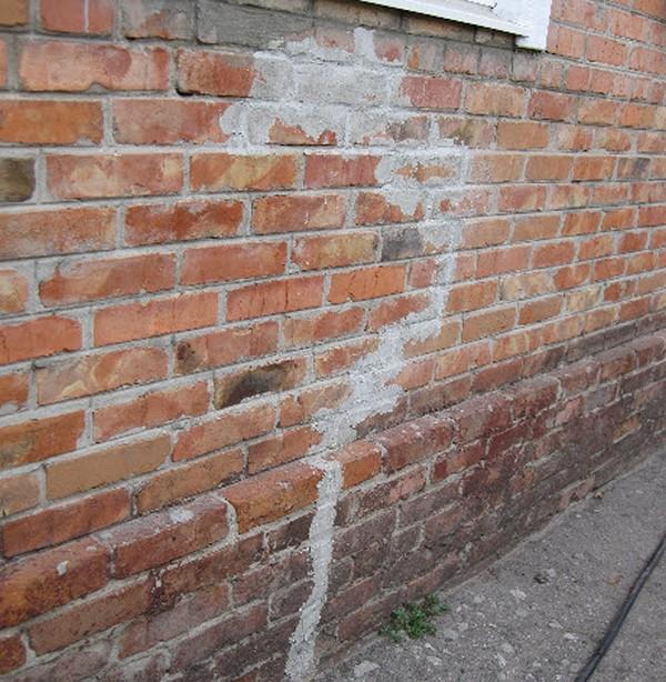 трещины на стенах дома фото