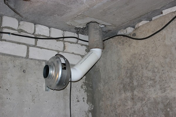принудительная вентиляция в подвале фото