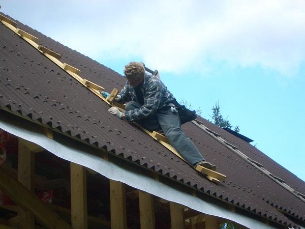 ремонт крыши дома фото
