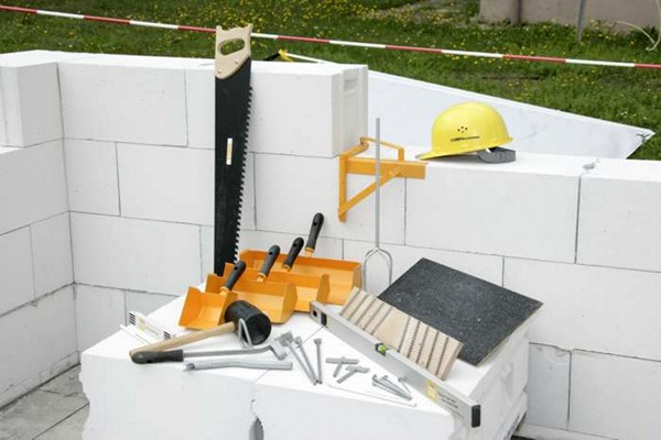 строительство дома из газобетона фото