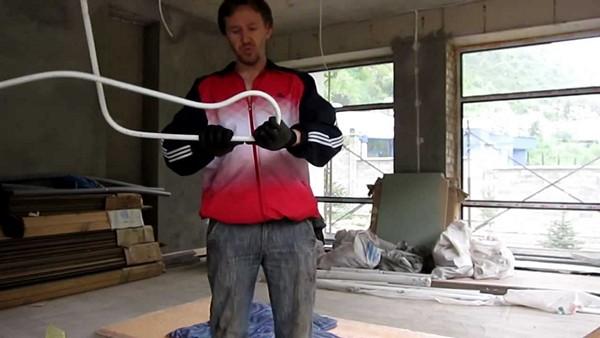 как согнуть металлопластиковую трубу фото