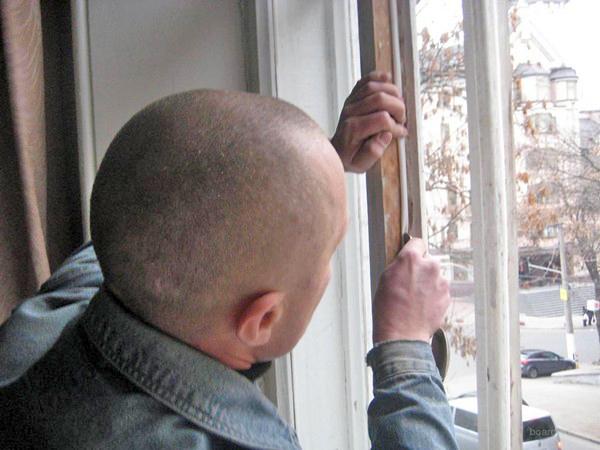 как правильно установить утеплитель на окна фото