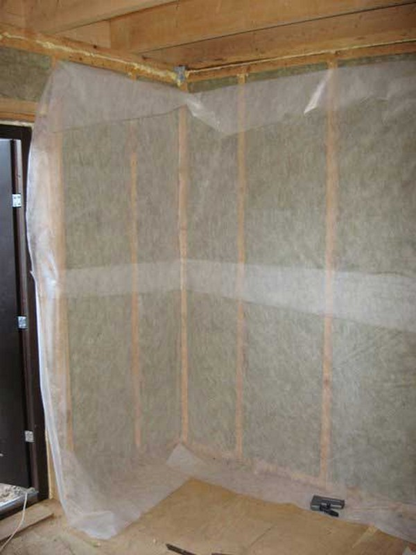 как производится монтаж пароизоляции стен