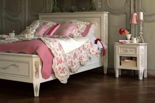 Текстиль и аксессуары в кантри спальне фото