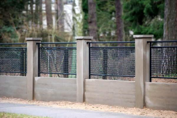 бетонные столбы для забора фото