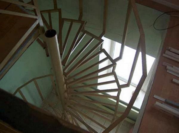 конструкция винтовой лестницы фото