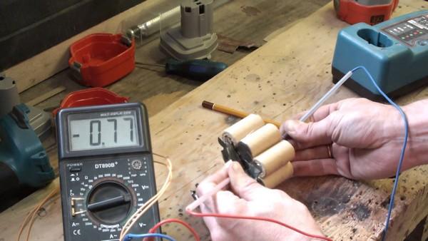 как отремонтировать аккумулятор шуруповерта фото