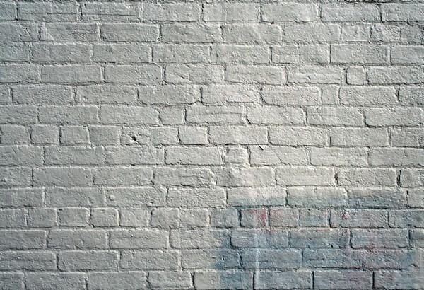 как покрасить кирпичную стену фото
