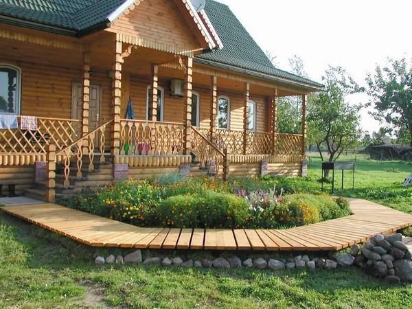 как построить крыльцо к деревянному дому фото