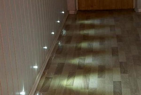 светильник встраиваемый в стену для подсветки пола фото