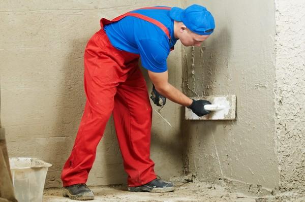 Цементная штукатурка: ее разновидности, приготовление и самостоятельное нанесение