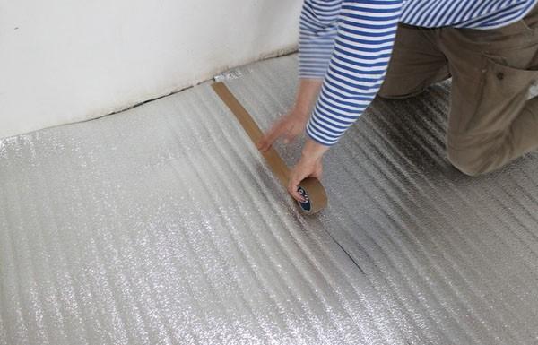 как утеплить бетонный пол под линолеум фото