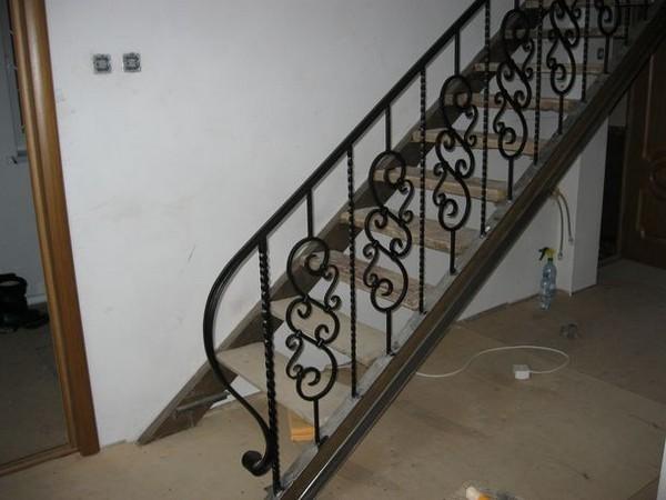 лестница гусиный шаг металлическая фото