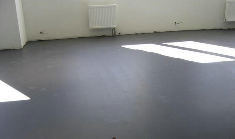 Как выровнять бетонный пол: два способа решения вопроса