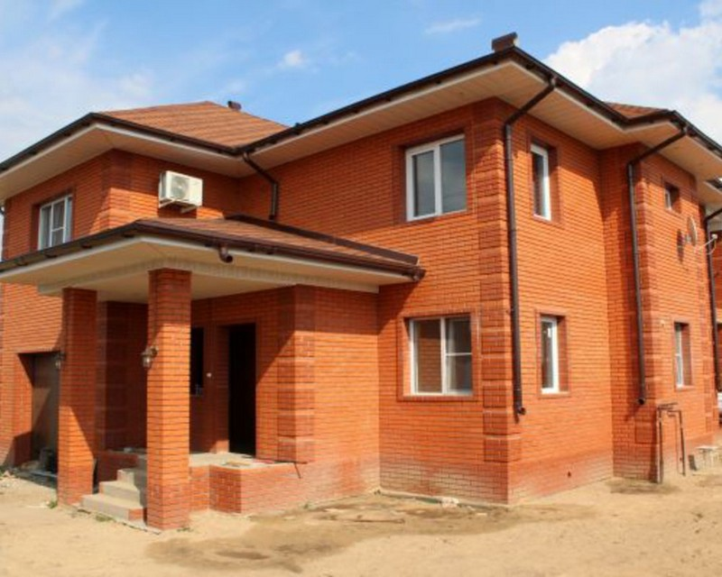 Строительство дома из кирпича: знакомимся с технологией