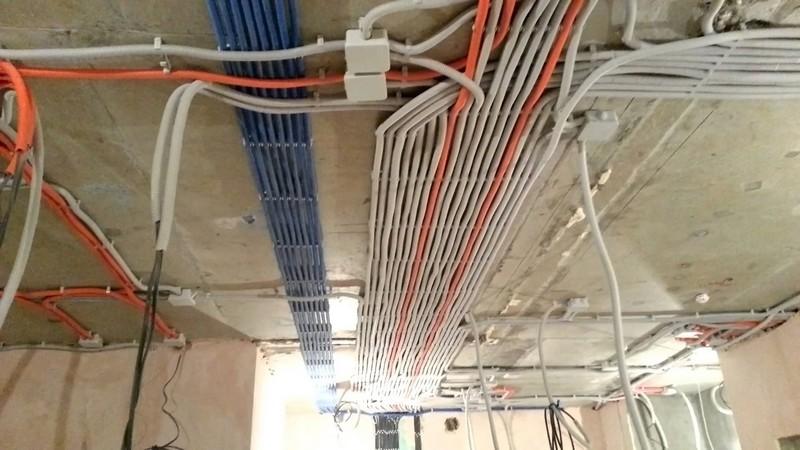 разводка электропроводки в частном доме своими руками фото