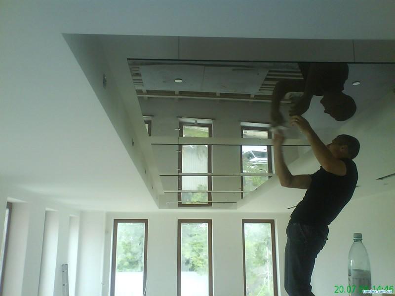 монтаж стеклянного потолка фото