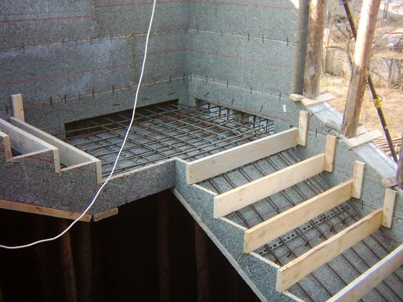 опалубка для лестницы из бетона фото