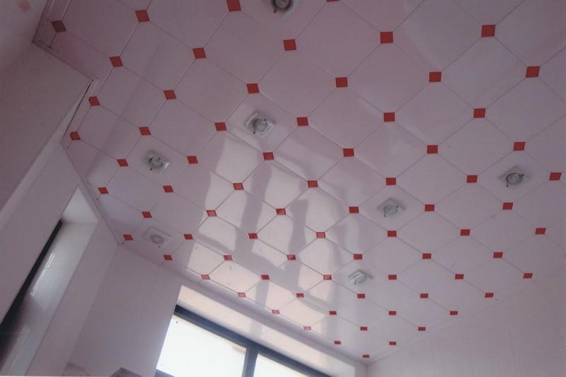 Кассетный потолок: его особенности и самостоятельный монтаж
