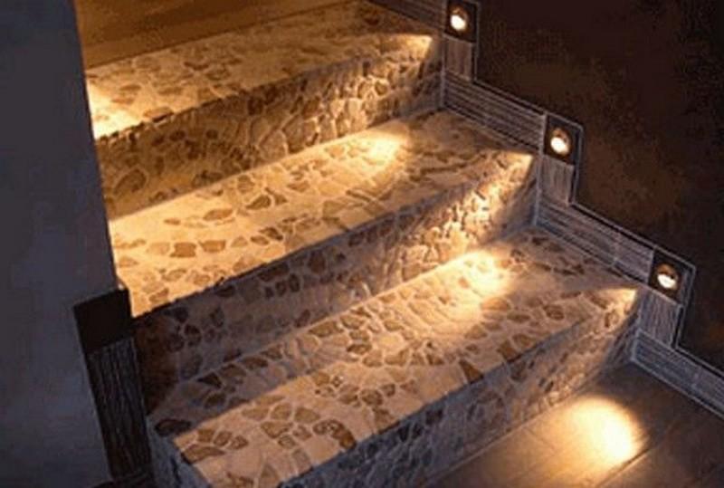 подсветка лестницы фото
