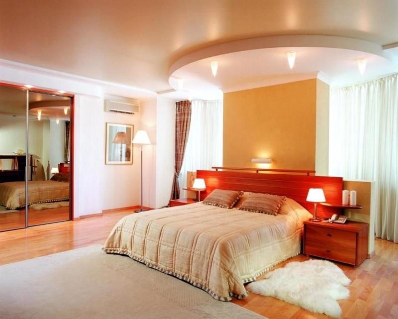 Потолок в спальне: выбираем конфигурацию и материал
