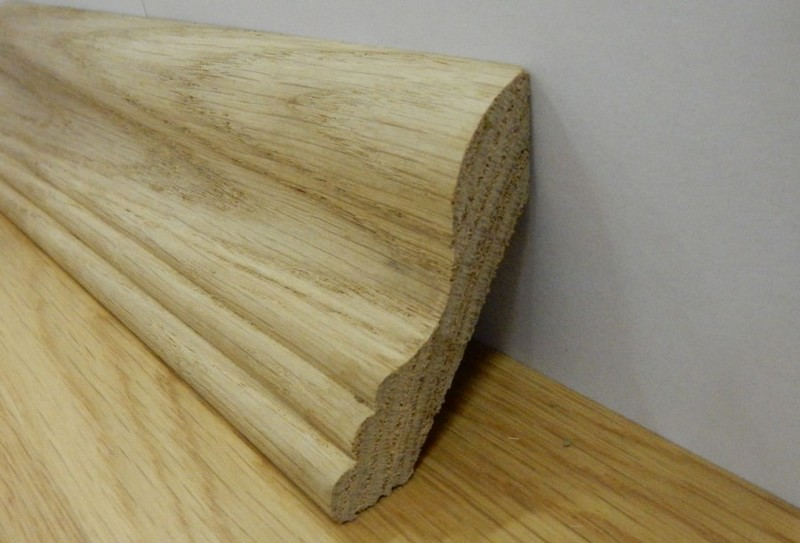 деревянный плинтус для пола фото
