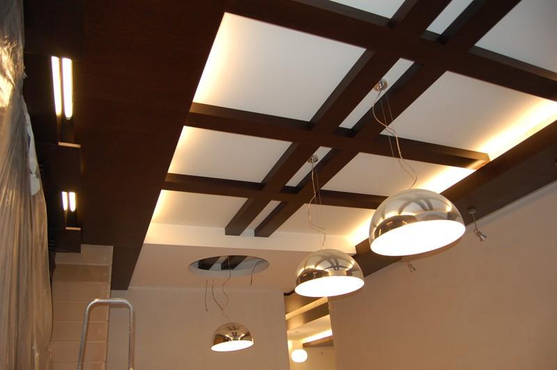 декоративные потолочные балки фото