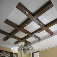 Декоративные потолочные балки: разновидности и сфера применения