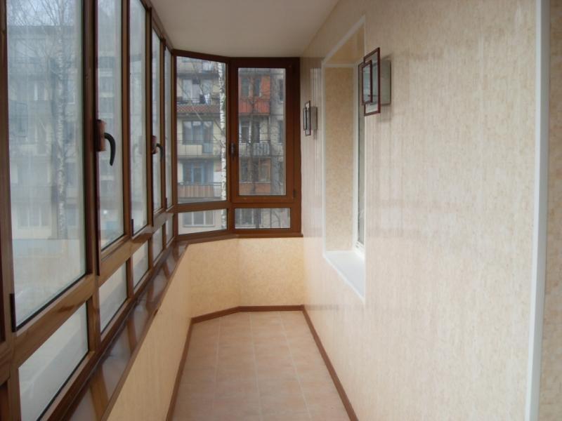 чем покрыть стены на балконе фото